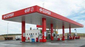 gasolinera 300x167 - Talleres Ángel Torres