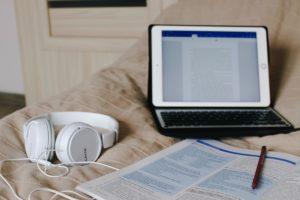 Aprender español en la academia 300x200 - Aprender español para tu negocio