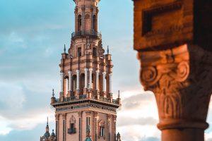 Tablao flamenco en Sevilla y conocer la ciudad 300x200 - Conoce Sevilla