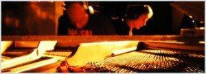 piano2 300x108 - Silva Donaire